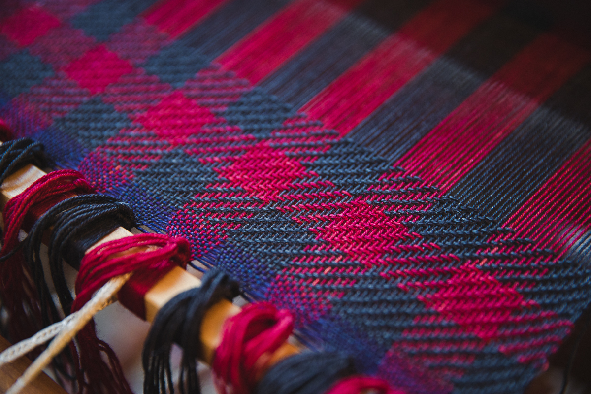 Cabin Fever Scarf (check on 4-shaft weaving loom)