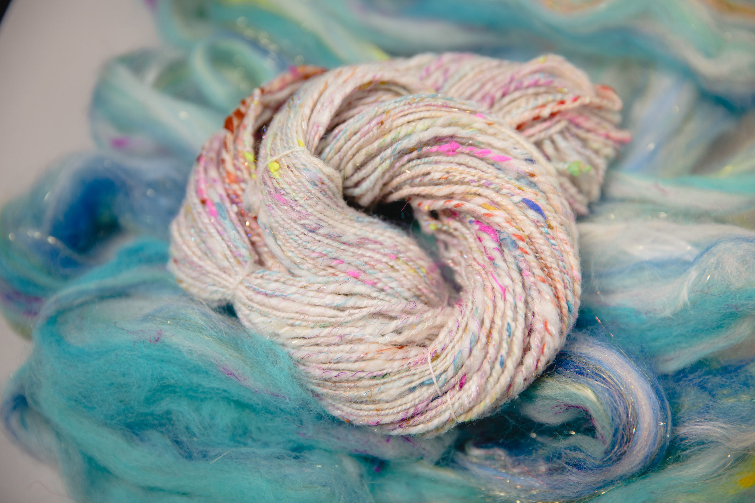 Dizzed Fibre and Handspun yarn